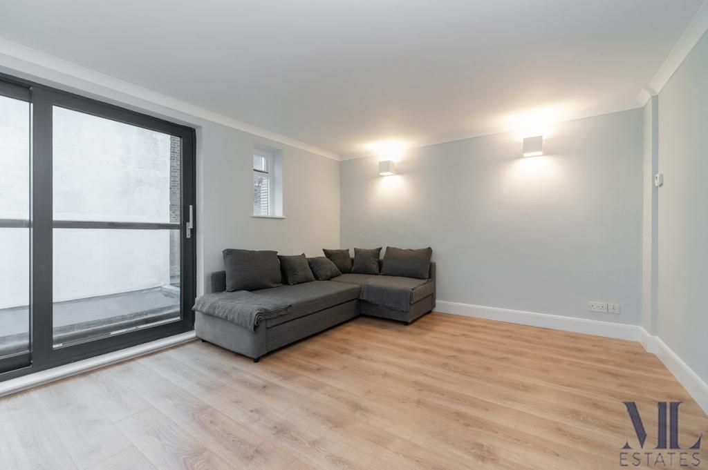 4 bedroom house Fortune Green Road, West Hampstead, NW6 ...